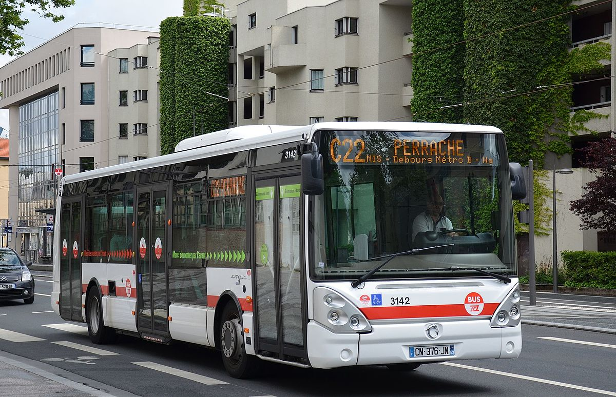 Buses in lyon wikipedia - Lyon to geneva bus ...