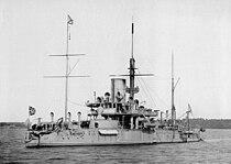 Ironclad warship Pyotr Velikiy.jpg