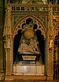 Isaac Newton grave in Westminster Abbey.jpg