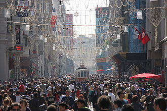 İstiklal Avenue - A busy day on İstiklal Avenue