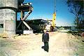 Jan wyrebkowski na budowie mostu dojazdowego.jpg