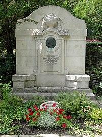 Jena Nordfriedhof Abbe.jpg