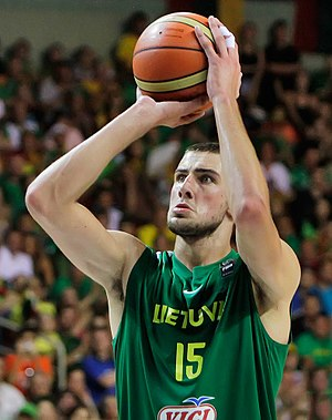 Jonas Valančiūnas - Valančiūnas with Lithuania U-19 team