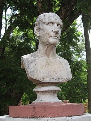 Julio César en San José.JPG