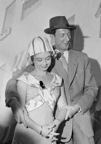 Leif Juster - Lief Juster with actress Unni Bernhoft in 1959