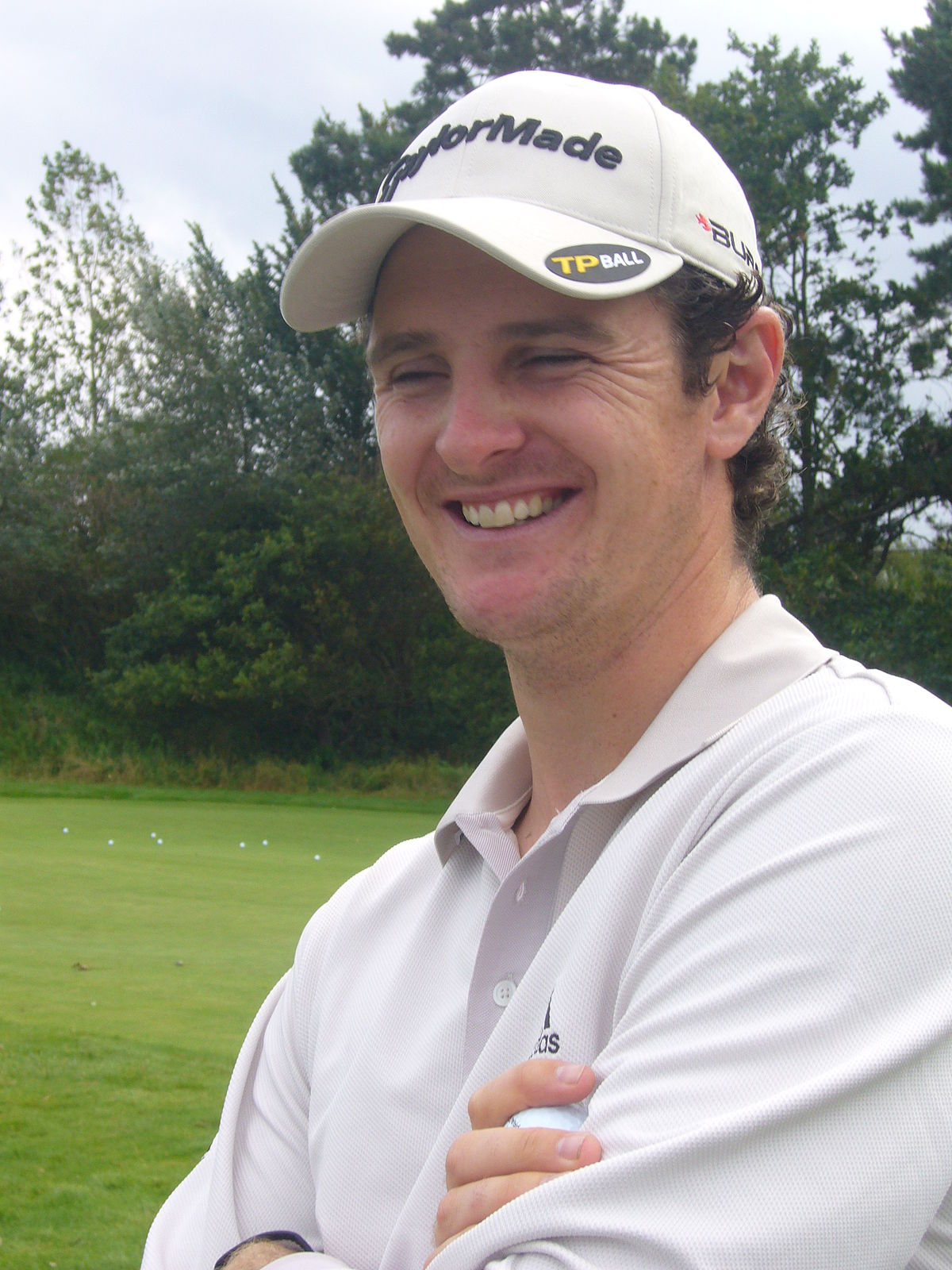 Amateur canadian golf man apologise, but