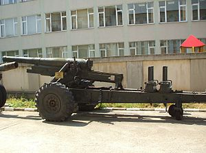 Skoda K-series - K1 howitzer (with postwar pneumatic wheels) in traveling position.