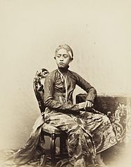 KITLV 408318 - Isidore van Kinsbergen - Son of the Sultan of Yogyakarta - 1862-1865.jpg