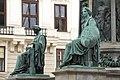 Kaiser Franz-Denkmal Hofburg Wien 2015 Sitzfiguren Stärke Gerechtigkeit 1.jpg