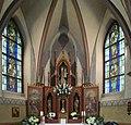 Kapelle Dörnschlade Fenster Altar 1.jpg