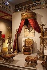 Karlsruhe, Badisches Landesmuseum, Thron.JPG
