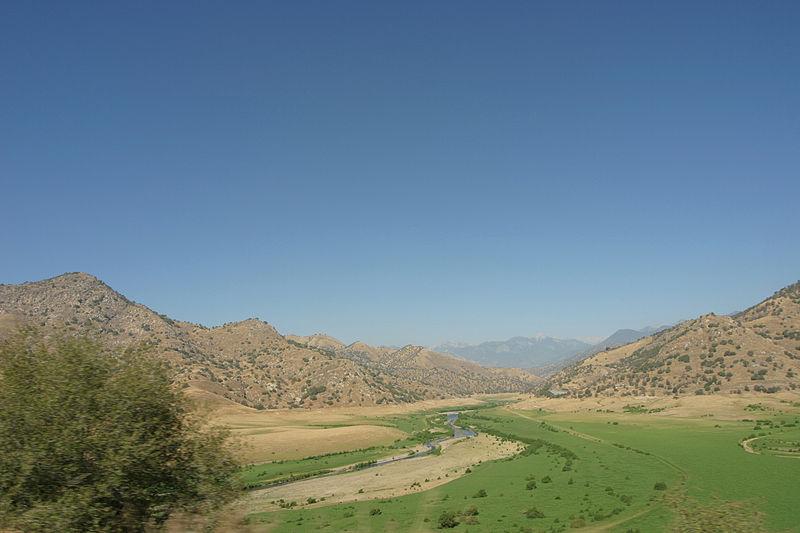 File:Kaweah River.jpg