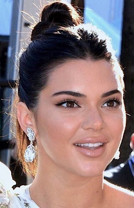 Kendall Jenner Cannes 2017