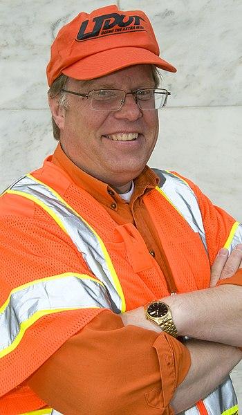 File:Kevin goes orange (4505090017).jpg
