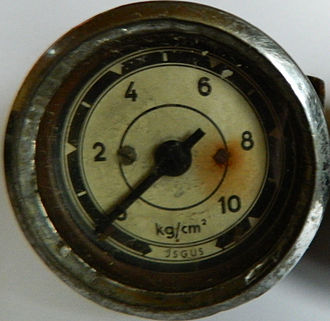Kilogram-force per square centimetre - Pressure gauge from unknown source produced by ISGUS GmbH.