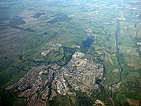 Kilsyth from the air (geograph 4998790).jpg