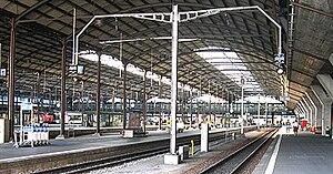 Brünig railway line - Start of the line; the Brünig line terminal platforms in Lucerne station.