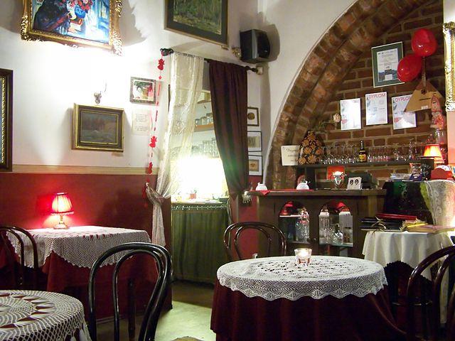 Restauracja Wiśniowy Sad, Kraków. Photo credit: Lestat (Jan Mehlich)