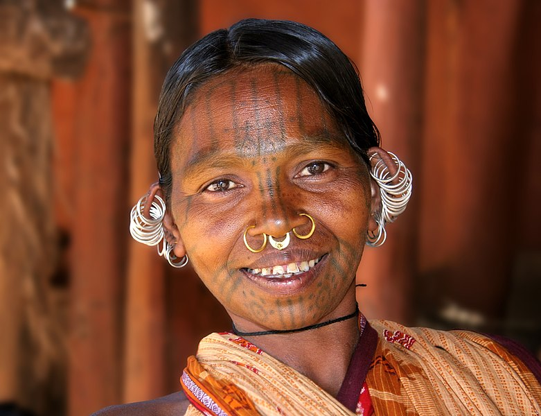 Indian woman with nostrils piercing