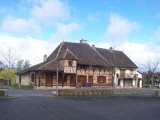 L'Abergement-Sainte-Colombe - House