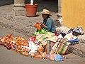 La alegría de vender artesanía mazahua (Ciudad de Tlalnepantla), Tlalnepantla de Baz.jpg