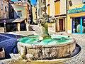 La grande fontaine d'Aspres-sur-Buech.jpg