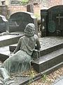 Laeken Cimetière Bronze 30329.jpg
