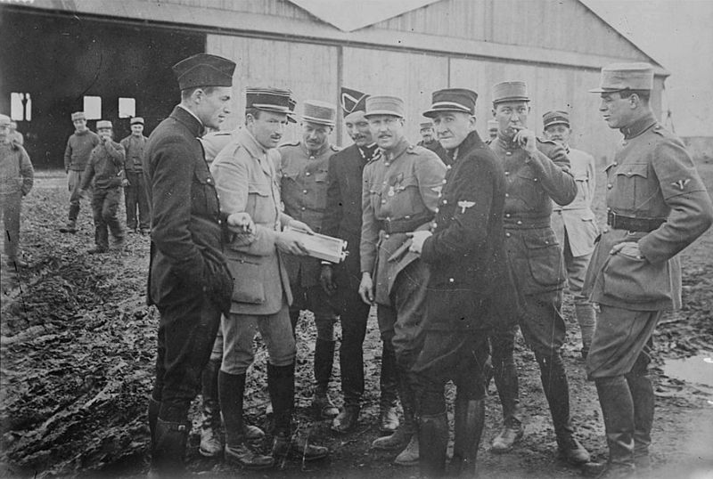 File:Lafayette Escadrille pilots.jpg