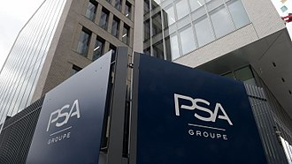 Groupe PSA - Image: Le siege de psa a rueil malmaison pres de paris le 2 octobre 2017 5969754
