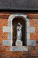 Le Chamblac - Église Notre-Dame - Statue de la Vierge à l'extérieur.jpg