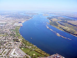 Saint Lawrence River Major river in eastern Canada and the United States, flowing into the Gulf of Saint Lawrence