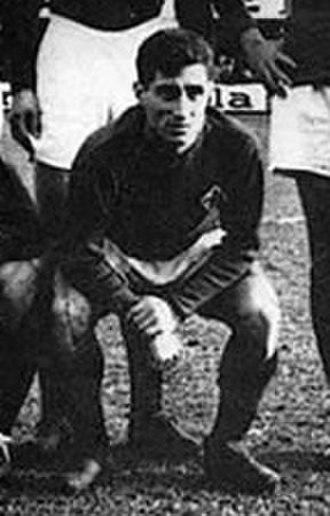 Lefter Küçükandonyadis - Lefter playing for Fiorentina.