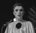 Leo Sayer - TopPop 1974 01.png