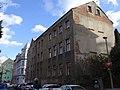 Liberec-Nové Město - ulice U Věže, pohled k domu čp. 333 a křižovatce s Chrastavskou.jpg
