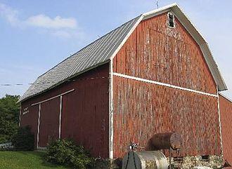 Gambrel - Image: Lightning Volt Barn