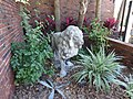 Lion statue, University Ave, Gainesville FL.JPG