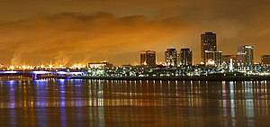 English: Long Beach, California at night