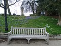 Long shot of the bench (OpenBenches 5587-1).jpg