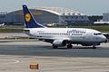 Lufthansa, D-ABIU, Boeing 737-530 (15836964013).jpg