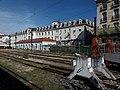 Lyon 2e - Gare de Lyon-Perrache, voies et immeuble Le Cours du Midi.jpg
