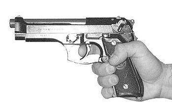 Pistol M9 (Beretta 92F) one hand grip