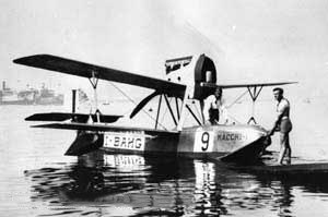 Macchi M.17 - The M.17 (I-BAHG) that took third place in the 1922 Schneider Trophy race.