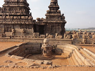 Two temples, dry pool and cattle sculptures