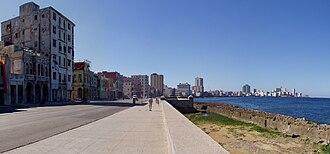 Malecón, Havana - Image: Malecón am Tag
