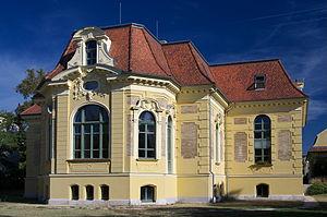Halásztelek - Malonyai Palace