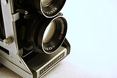 Mamiya C33 Professional - bottom lens 1B.jpg