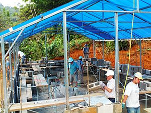 Maranatha Volunteers International - Volunteers building a One-Day Church in Bebedero, Chiapas, Mexico January 2010