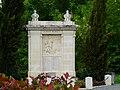 Marthon monument aux morts.JPG
