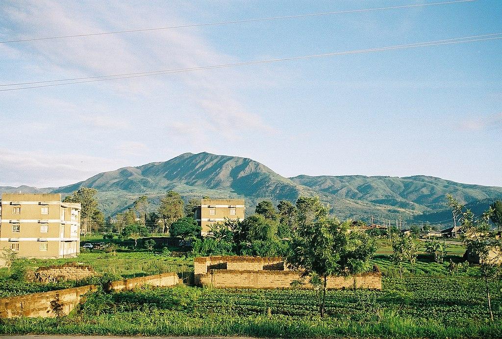 The mountains surrounding Mbeya.