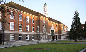 Middlesex University - The College building at Hendon